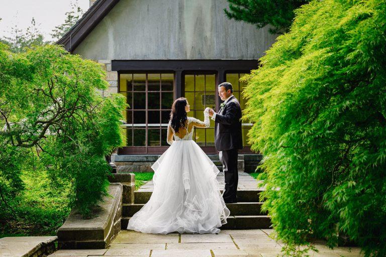 Summer Wedding at the Gallaher Mansion Wedding Venue in Norwalk, CT