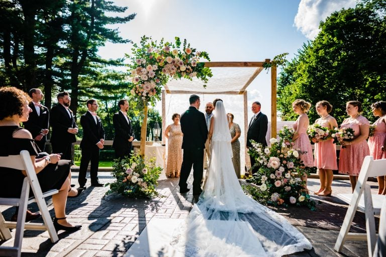 8 Inexpensive Wedding Details That'll Take Your Wedding To The Next Level