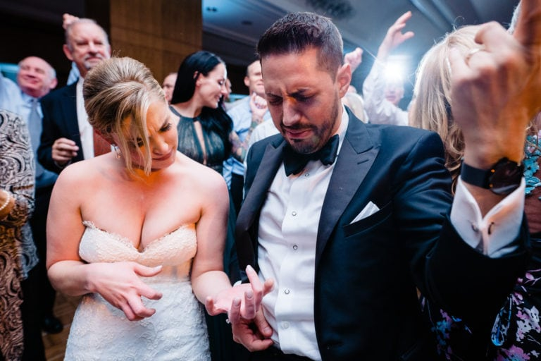5 Ways to Have A Stress Free Wedding (and the Best Photographs to prove it)