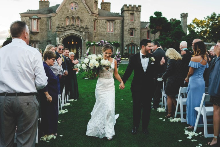 Fun spring wedding at Whitby Castle in rye, NY